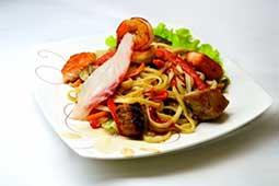 Ваши Суши  Лапша удон (пшеничная, 200гр) с морепродуктами