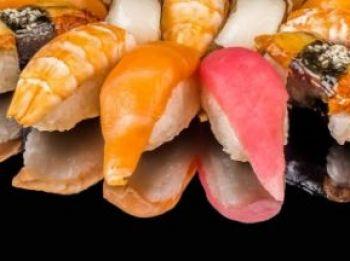 FAMILY FOOD  Суши (2шт)